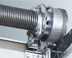 bramy segmentowe stalowe wal ze sprężyna skrętna